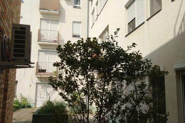 Nagy teraszos 2 szobás lakás