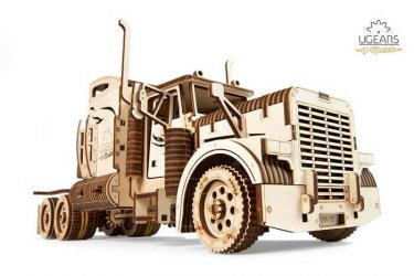 Belföldi sofőr 24 tonnás tehergépkocsira