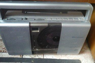 Működő CD-s rádió eladó