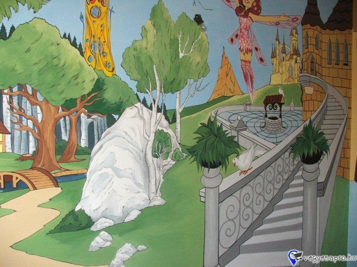 Ha szeretne gyermeke szobájának falára egy faldekorációt , álmodja meg és én megvalósítom :-)