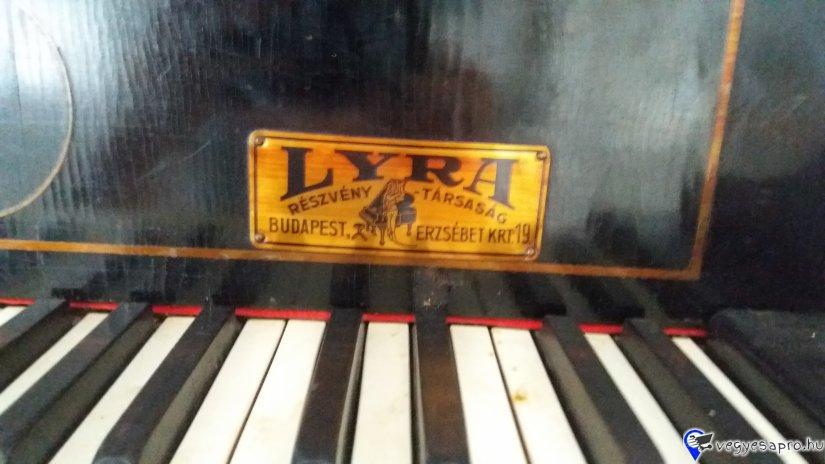 Eladó használt Marschall Bösendorfer zongora