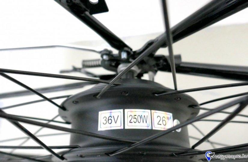 """További elektromos járműveinket megtekintheti a z-oil. hu weboldalán.  Bruttó kisker ár: 269 800.- HUF / db Érvényes hirdetett bruttó Akciós ár: 243 950.- HUF / db  POLYMOBIL E-MOB 13L PEDELEC ELEKTROMOS KERÉKPÁR ÚJ  ELÉRHETŐ SZÍNEK: GRAFIT-NARACS, FEKETE-KÉK PÁLYÁZHATÓ: IGEN AKKU: 36V10Ah li-ion akkumulátor, TELJESÍTMÉNY: 250W motor, MAX HATÓTÁVOLSÁG: 30-50 km MEGHAJTÁS: hátsó kerék hajtás, KEREKEK: 26"""" kerék, FÉKEK: V fékek, SÚLY: 25KG EGYÉB FELSZERELTSÉG: első-hátsó LED világítás, kürt, 7 sebességes Shimano váltó, LED kijelzőpanel, oldaltámasz   BESOROLÁS: CE, jogosítvány nélkül, bukósisak nélkül, biztosítás nélkül vezethető  A fenti áron az üzletünkben: összeszerelt, üzembe helyezett állapotban átvehető. Futárszolgálatos postázásra nincs lehetőség. Garanciajegy átvételének igazolása:   A termék a feltüntetett képtől részben eltérhet! A KÉSZLET FRISSÜLÉSÉVEL AZ ÁRVÁLTOZTATÁS JOGÁT FENNTARTJUK!"""